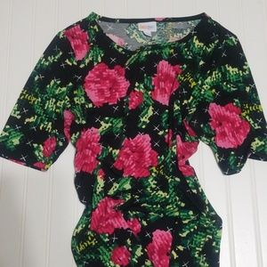 Lularoe Gigi Digital or Pixel Roses Large